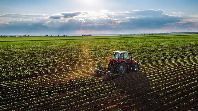 """Szkolenie dla rolników """"Zasady bezpiecznej pracy w rolnictwie""""."""