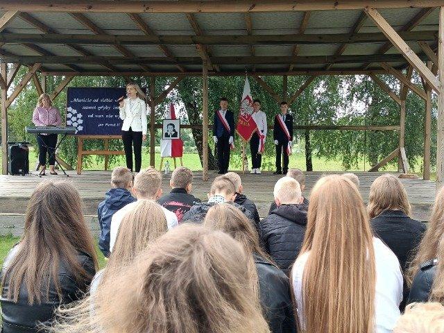 Inauguracja roku szkolnego 2021/2022 w Szkole Podstawowej  w Podjazach